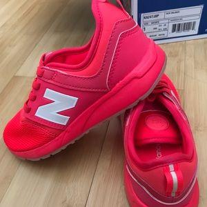 Kids new balance sneaker